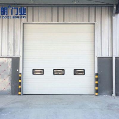 苏州地区某汽配工厂安装的组合提升门